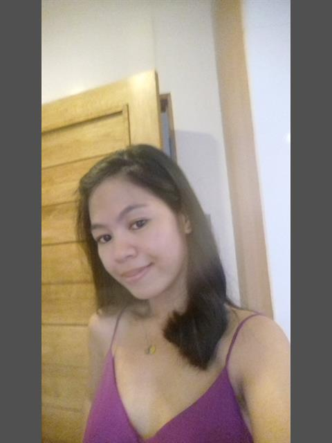 Dating profile for kerzie2222 from Quezon City, Philippines